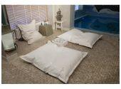 Пуф-подушка Cloud малая для внутреннего применения. Ширина - 100 см, длина - 130 см