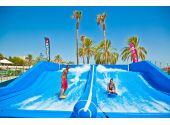 """Генератор искусственной волны для серфинга Double на двух """"райдеров"""" одновременно. 10 х 8 метра, подъём 1 м, 180 кВт"""