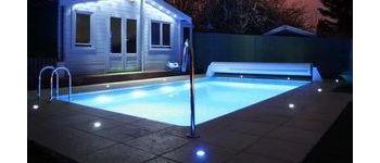 Как выбрать подсветку для бассейна?