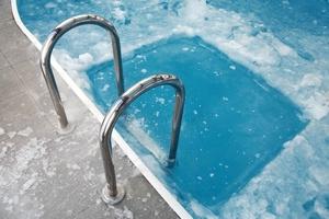 Каркасный бассейн морозоустойчивый для дачи