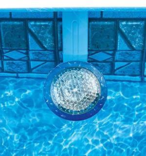 Подводные фонари для бассейна накладные